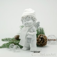 Winterengel mit weißer Mütze und Laterne Höhe 18cm