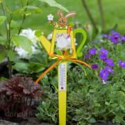 1 Einstecker Holz-Gießkanne mit Stick -Thermometer- Hase