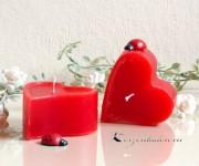 1x Herzchen Kerze 4x8cm rot
