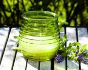Gartenkerze Outdoor Citronella in geriffeltem Glas - Hellgrün