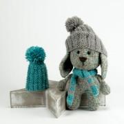 grauer Hase  Mütze und Schal 20cm Amigurumi Handmade