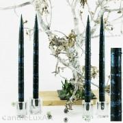 4  Leuchterkerzen tiefes dunkelgrün Dekor blau 35cm